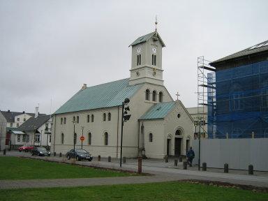 reykjavik-cathedral.jpg